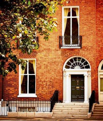 GoldCore Head Quaters - 14 Fitzwilliam Square Dublin. Ireland