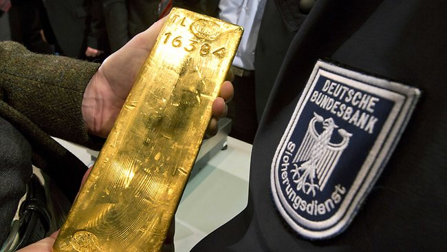 Uncertain Times Sees Germany Repatriate 200 Tonnes Of Gold Bullion Uncertain Times Sees Germany Repatriate 200 Tonnes Of Gold Bullion Bundesbank gold bar