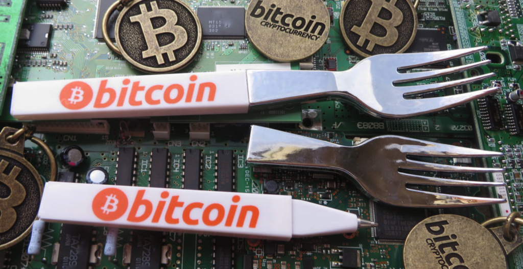 bitcoin, ico risk versus immutable gold and silver Bitcoin, ICO Risk Versus Immutable Gold and Silver header image 1024x527