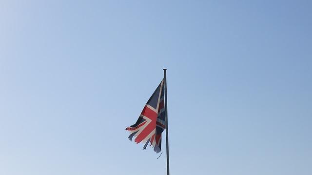 Stumbling UK Economy Shows Importance of Gold Stumbling UK Economy Shows Importance of Gold flag 2886623 640