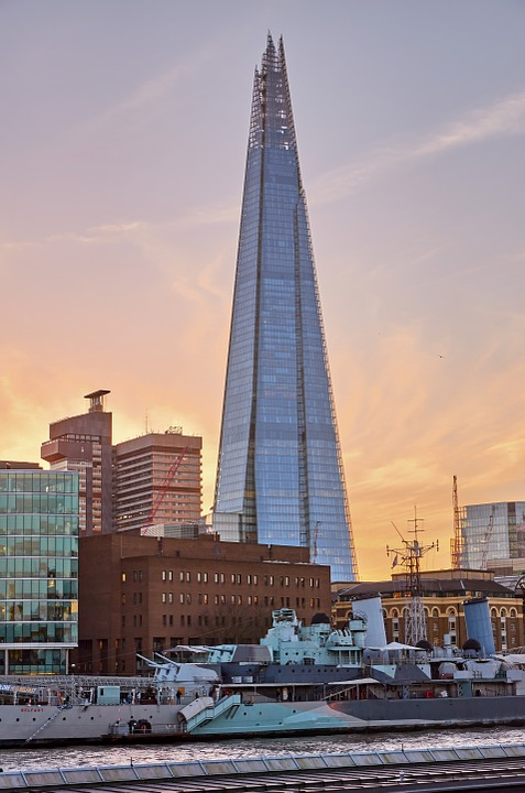 London Property Market Tumbles As Glut of Luxury Apartments Grows To 3,000 London Property Market Tumbles As Glut of Luxury Apartments Grows To 3,000 the shard 654934 960 720