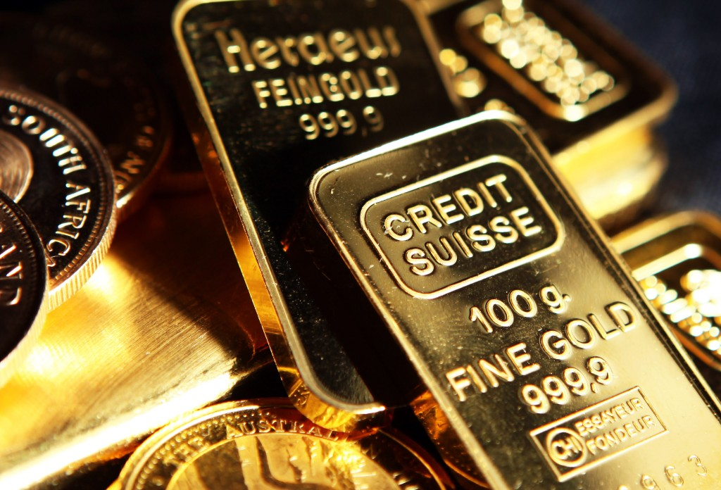 Gold Bullion at London Dealers