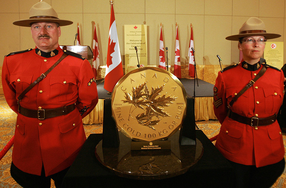 Million Dollar Coin Mounties - Gold Bullion Coin Worth $4 Million, Stolen in Berlin Museum Heist